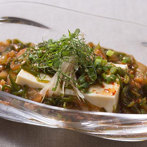 めかぶと納豆のねば辛豆腐サラダ